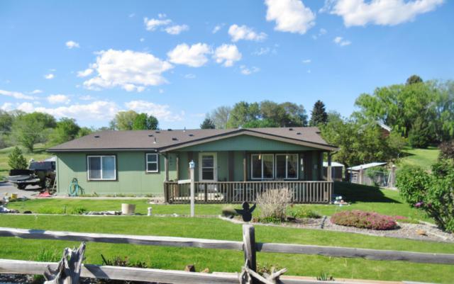 286 Lancaster Rd, Selah, WA 98942 (MLS #19-1054) :: Results Realty Group