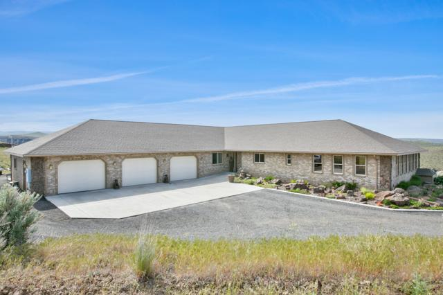 660 Selah Creek Dr, Yakima, WA 98901 (MLS #19-1102) :: Heritage Moultray Real Estate Services
