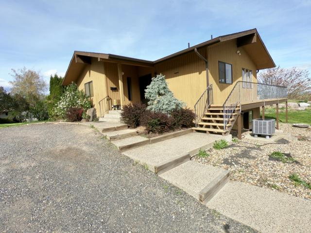 90 Orchard Dr, Naches, WA 98937 (MLS #19-1116) :: Heritage Moultray Real Estate Services