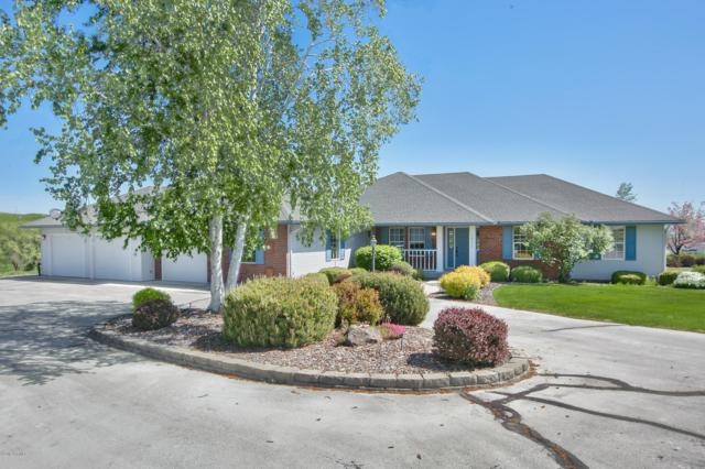 14111 Tieton Dr, Yakima, WA 98908 (MLS #19-1145) :: Heritage Moultray Real Estate Services