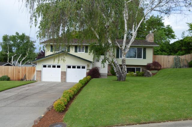 406 N 36th Ave, Yakima, WA 98902 (MLS #19-1178) :: Heritage Moultray Real Estate Services