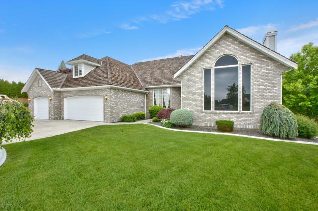 409 Cherry Ridge Ct, Yakima, WA 98908 (MLS #19-1194) :: Heritage Moultray Real Estate Services