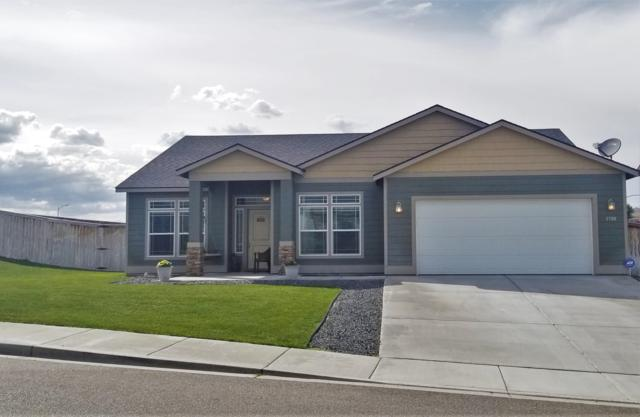 3706 El Paso Dr, Pasco, WA 99301 (MLS #19-1255) :: Heritage Moultray Real Estate Services