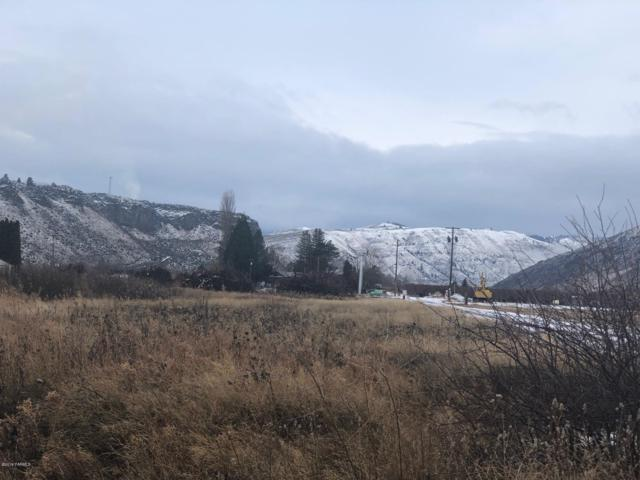 NNA Old Naches Hwy, Naches, WA 98937 (MLS #19-126) :: Heritage Moultray Real Estate Services