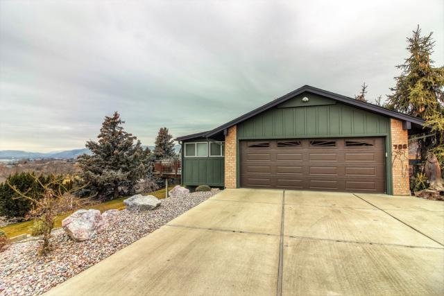 706 Fairway Dr, Yakima, WA 98901 (MLS #19-127) :: Heritage Moultray Real Estate Services