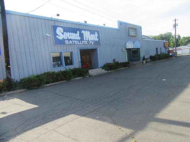 806 W Nob Hill Blvd, Yakima, WA 98902 (MLS #19-1306) :: Results Realty Group