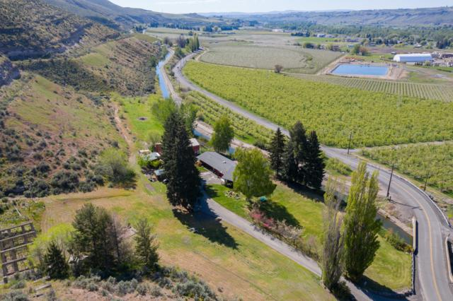 8121 Old Naches Hwy, Naches, WA 98937 (MLS #19-1476) :: Results Realty Group
