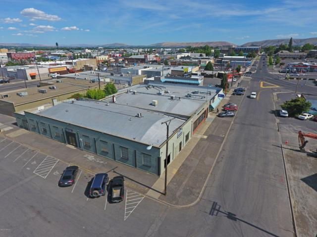 15 N 7th Ave, Yakima, WA 98902 (MLS #19-1522) :: Heritage Moultray Real Estate Services