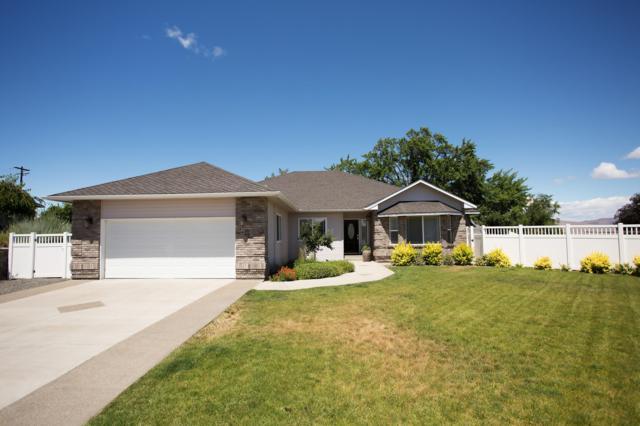 1405 Heritage Hills Ct, Selah, WA 98942 (MLS #19-1573) :: Results Realty Group