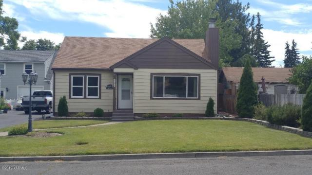 208 W Bartlett Ave, Selah, WA 98942 (MLS #19-1726) :: Heritage Moultray Real Estate Services