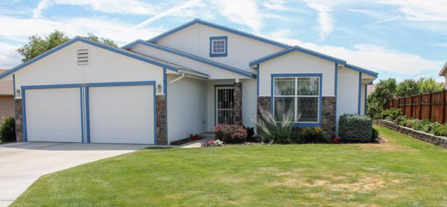 7902 Hope Ln, Yakima, WA 98903 (MLS #19-1729) :: Heritage Moultray Real Estate Services