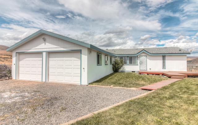711 Wenas View Dr, Selah, WA 98942 (MLS #19-1730) :: Heritage Moultray Real Estate Services