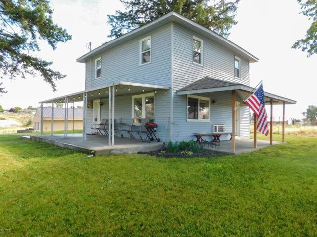 990 Lancaster Rd, Selah, WA 98942 (MLS #19-1734) :: Heritage Moultray Real Estate Services
