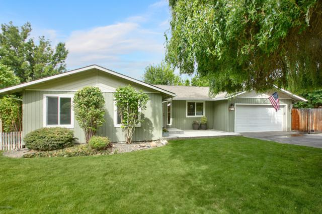 150 Cedar Hill Dr, Yakima, WA 98908 (MLS #19-1745) :: Heritage Moultray Real Estate Services