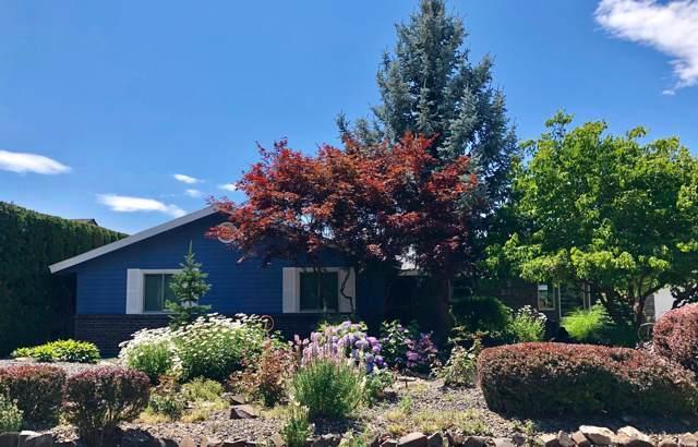 290 Suntides Blvd, Yakima, WA 98908 (MLS #19-1760) :: Joanne Melton Real Estate Team