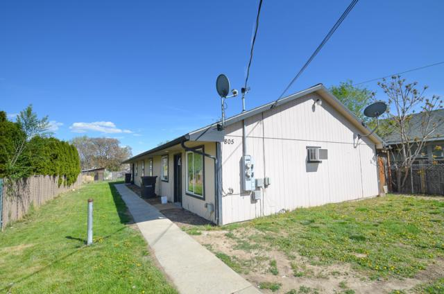 805 N 20th Ave, Yakima, WA 98902 (MLS #19-1920) :: Heritage Moultray Real Estate Services