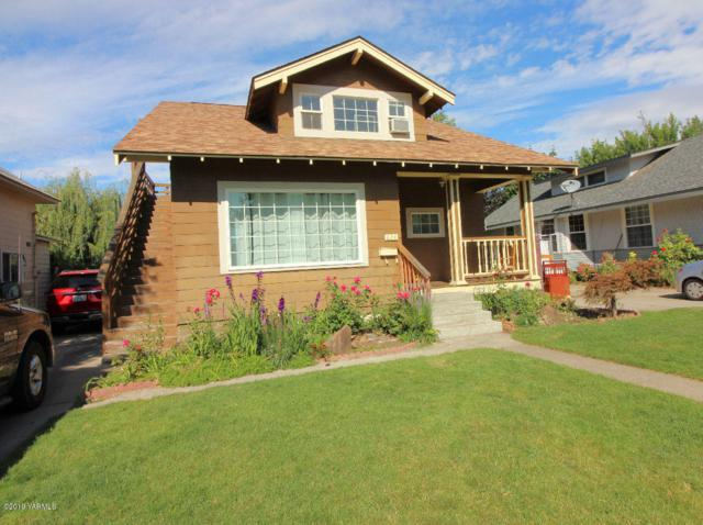 620 S 14th Ave, Yakima, WA 98902 (MLS #19-1957) :: Heritage Moultray Real Estate Services