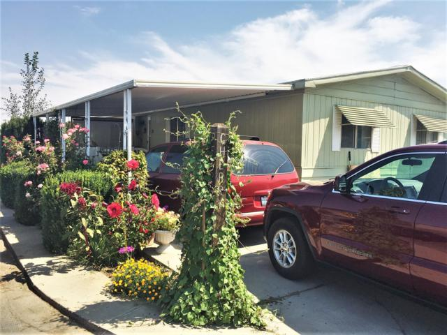 325 S 5TH St #35, Sunnyside, WA 98944 (MLS #19-1971) :: Heritage Moultray Real Estate Services