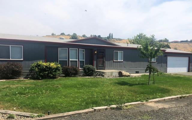 81 Four Hills Dr, Yakima, WA 98908 (MLS #19-1981) :: Joanne Melton Real Estate Team