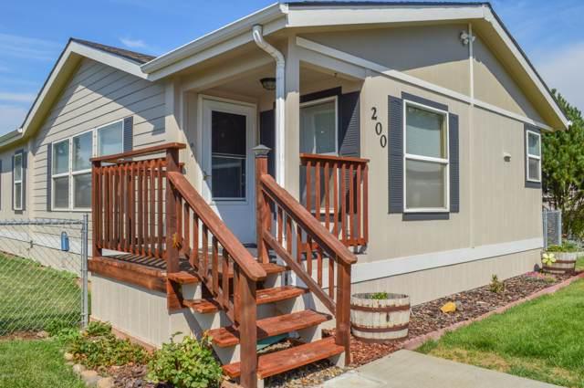 7610 W Nob Hill Blvd #200, Yakima, WA 98908 (MLS #19-1986) :: Joanne Melton Realty Team