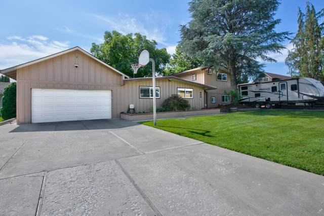 223 Westover Dr, Yakima, WA 98908 (MLS #19-2091) :: Heritage Moultray Real Estate Services