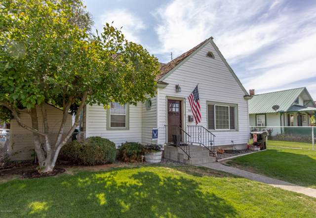 208 N Date St, Toppenish, WA 98948 (MLS #19-2111) :: Heritage Moultray Real Estate Services