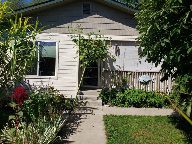 606 S 12th St, Yakima, WA 98901 (MLS #19-2118) :: Heritage Moultray Real Estate Services