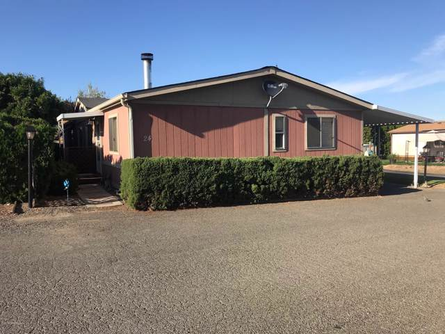 802 N 40th Ave Unit #24, Yakima, WA 98908 (MLS #19-2128) :: Heritage Moultray Real Estate Services