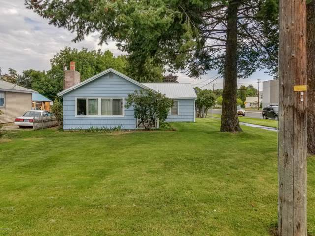 103 W 3rd St, Naches, WA 98937 (MLS #19-2277) :: Heritage Moultray Real Estate Services