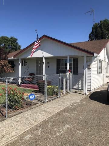 1520 E Grant Ave, Sunnyside, WA 98944 (MLS #19-2288) :: Heritage Moultray Real Estate Services
