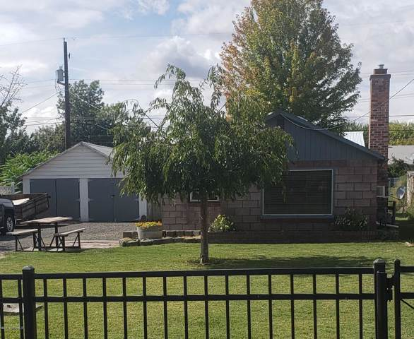 2012 S 2nd Ave, Union Gap, WA 98903 (MLS #19-2291) :: Joanne Melton Real Estate Team
