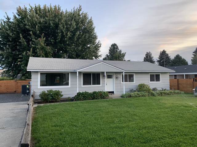 2608 W King Ct, Yakima, WA 98902 (MLS #19-2369) :: Heritage Moultray Real Estate Services