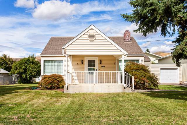2701 Cascade Rd, Yakima, WA 98901 (MLS #19-2438) :: Joanne Melton Real Estate Team