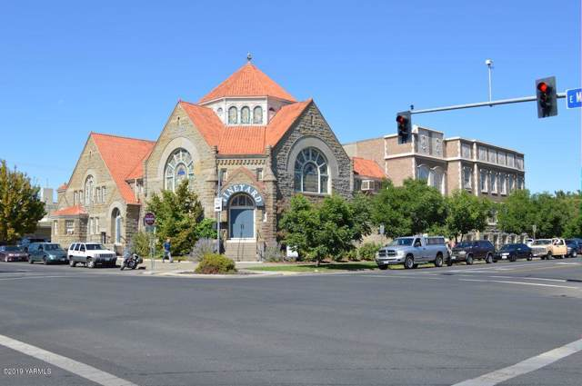 221 E Martin Luther King Blvd, Yakima, WA 98901 (MLS #19-2483) :: Joanne Melton Real Estate Team