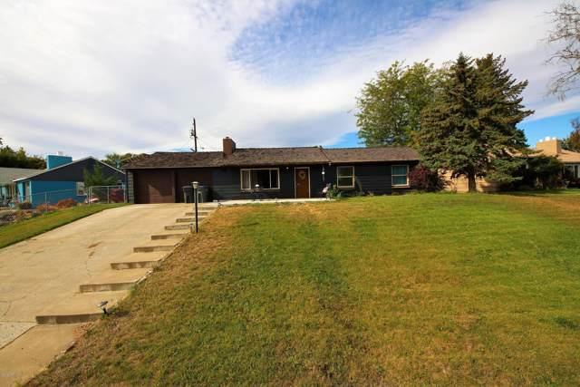 504 Sunrise Pl, Selah, WA 98942 (MLS #19-2521) :: Joanne Melton Real Estate Team