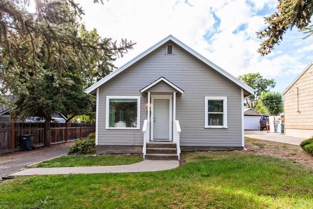 706 W Fremont Ave, Selah, WA 98942 (MLS #19-2557) :: Amy Maib - Yakima's Rescue Realtor