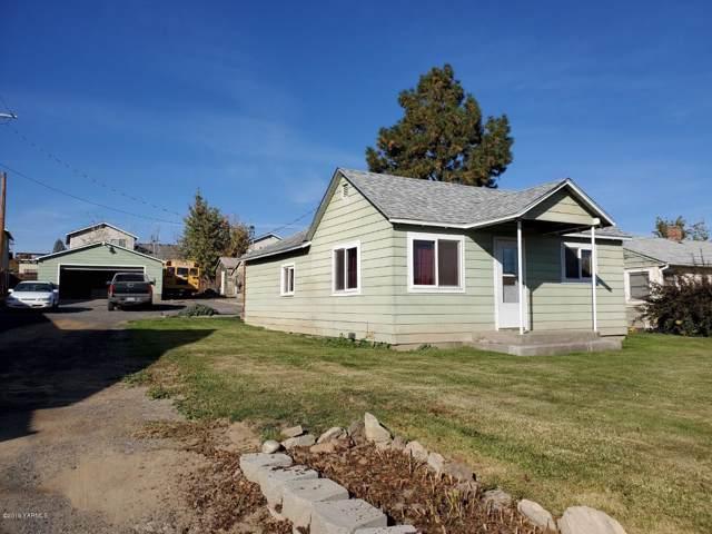 302 N 10th St, Selah, WA 98942 (MLS #19-2608) :: Amy Maib - Yakima's Rescue Realtor