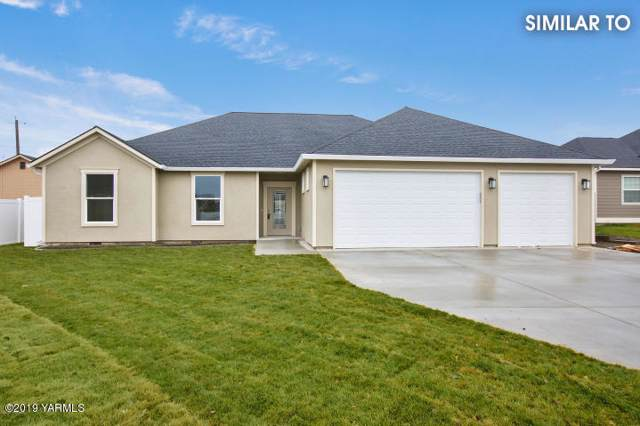 122 N 91st Ave, Yakima, WA 98908 (MLS #19-2616) :: Heritage Moultray Real Estate Services