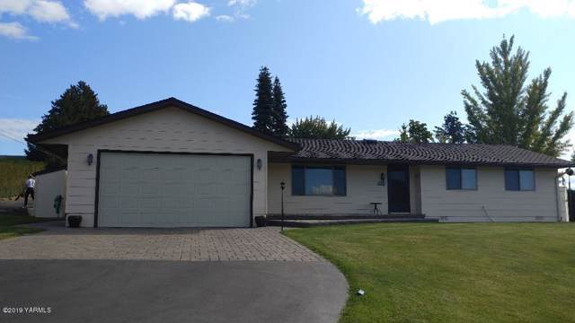 2771 N Wenas Rd, Selah, WA 98942 (MLS #19-2637) :: Heritage Moultray Real Estate Services