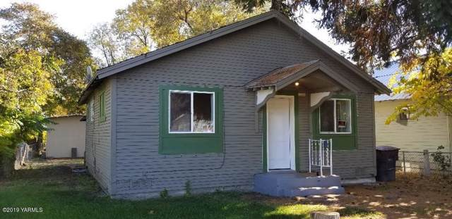 907 N Naches Ave, Yakima, WA 98901 (MLS #19-2668) :: Heritage Moultray Real Estate Services