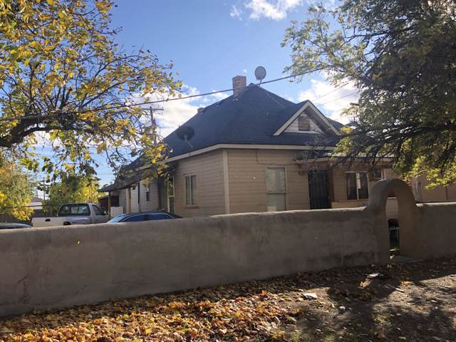 112 E F St, Yakima, WA 98901 (MLS #19-2672) :: Heritage Moultray Real Estate Services