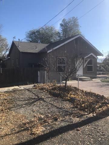 315 W Oak St, Union Gap, WA 98903 (MLS #19-2689) :: Joanne Melton Real Estate Team