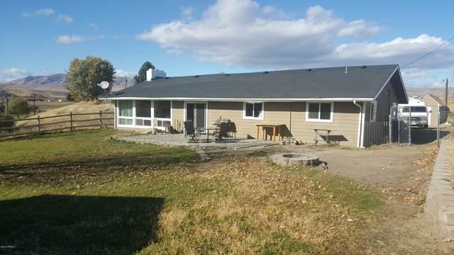 7651 N Wenas Rd, Selah, WA 98942 (MLS #19-2696) :: Heritage Moultray Real Estate Services