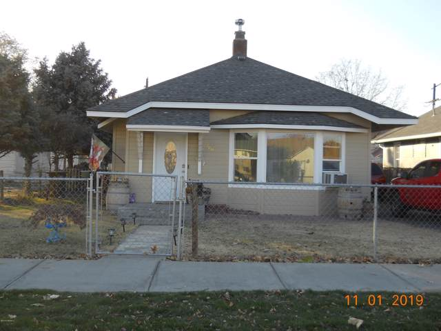 709 S 9th St, Sunnyside, WA 98944 (MLS #19-2751) :: Heritage Moultray Real Estate Services