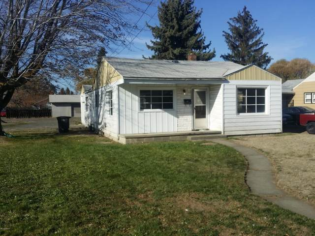 1320 S 10 Ave, Yakima, WA 98902 (MLS #19-2753) :: Heritage Moultray Real Estate Services