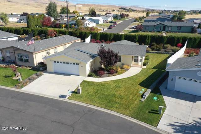 200 Bridle Way #107, Yakima, WA 98901 (MLS #19-2775) :: Heritage Moultray Real Estate Services