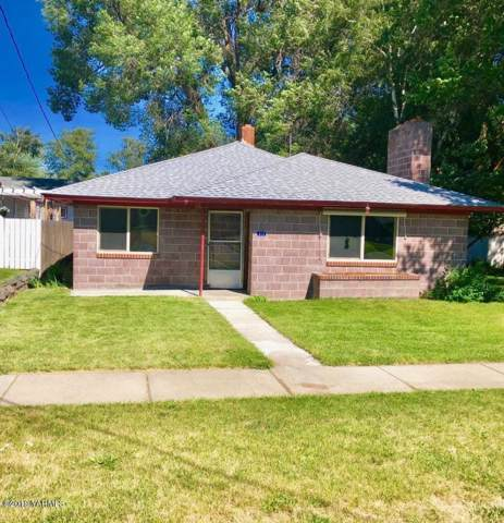 313 Naches Ave, Naches, WA 98937 (MLS #19-2776) :: Amy Maib - Yakima's Rescue Realtor
