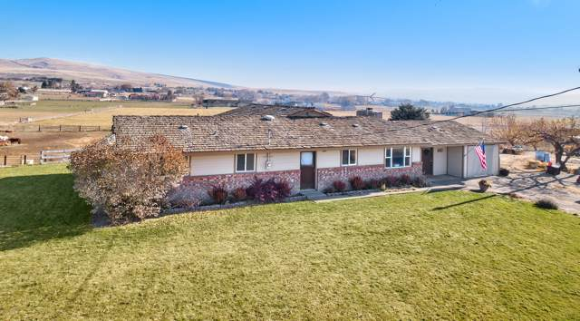 121 Shaw Rd, Selah, WA 98942 (MLS #19-2777) :: Heritage Moultray Real Estate Services