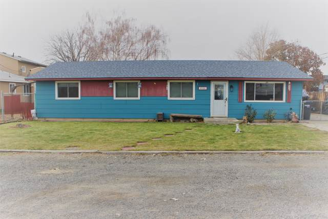 2722 5th St, Union Gap, WA 98903 (MLS #19-2784) :: Heritage Moultray Real Estate Services