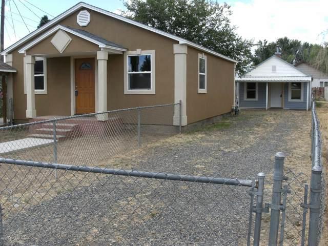 1520 Ledwich Ave, Yakima, WA 98902 (MLS #19-2802) :: Heritage Moultray Real Estate Services